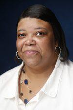 Tracie Davis : Administrative Assistant